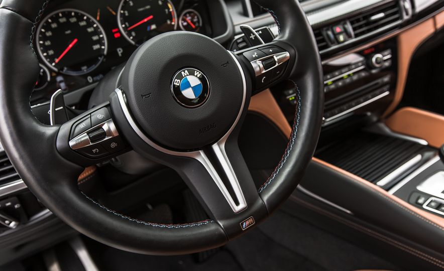 2015 BMW X6 M - Slide 31
