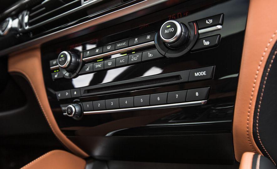 2015 BMW X6 M - Slide 35