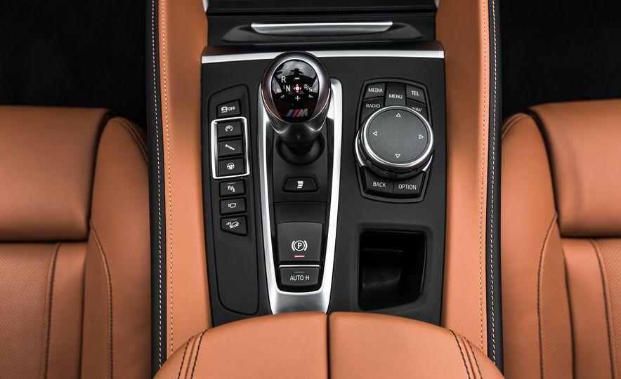 2015 BMW X6 M - Slide 36