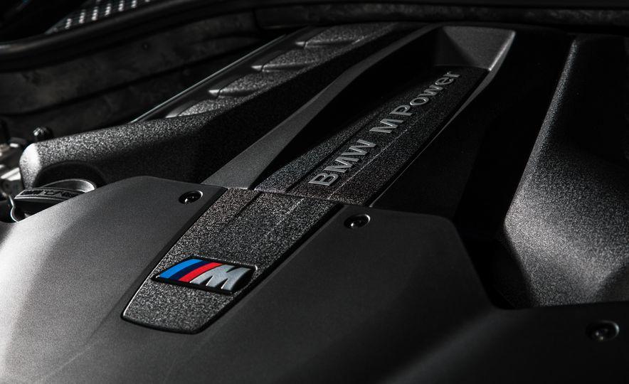 2015 BMW X6 M - Slide 46