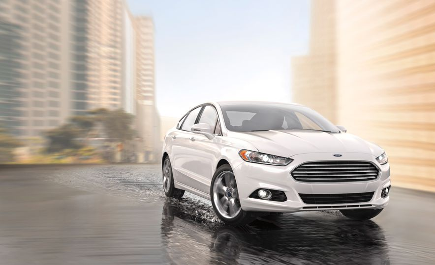 2017 Ford Fusion (spy photo) - Slide 12