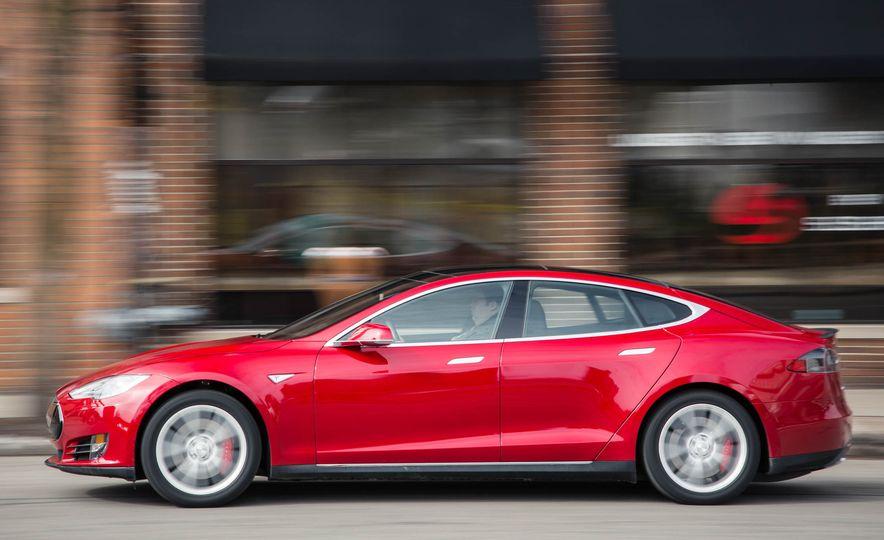 2015 Tesla Model S P85D - Slide 39