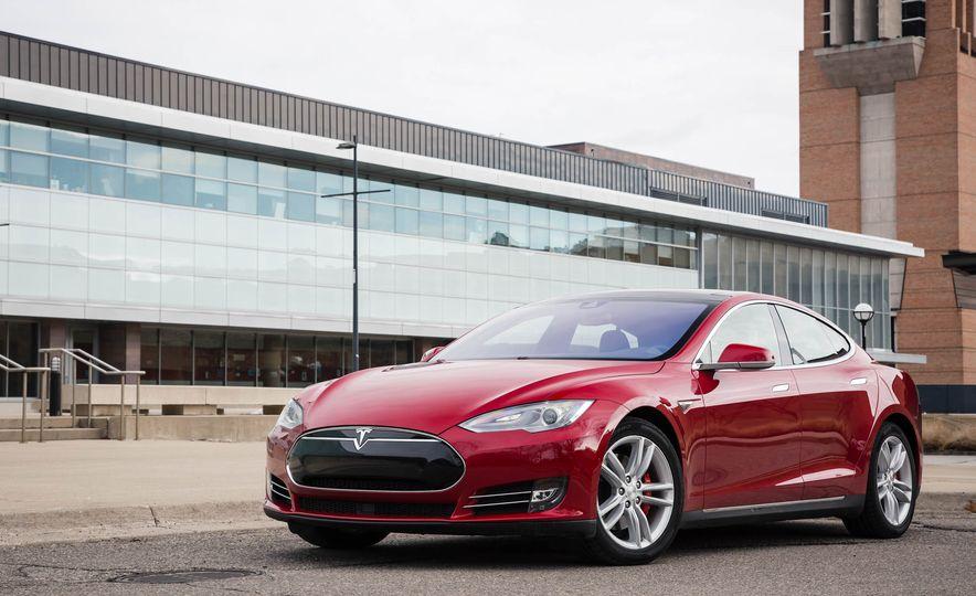 2015 Tesla Model S P85D - Slide 41