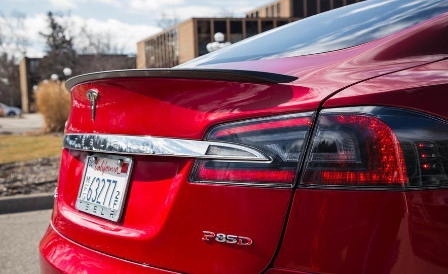 2015 Tesla Model S P85D - Slide 48