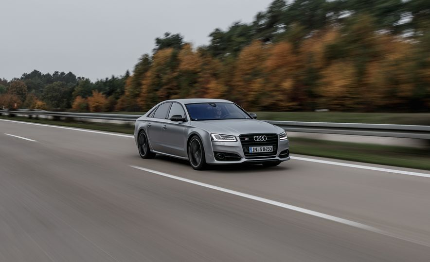 2016 Audi S8 Plus - Slide 1