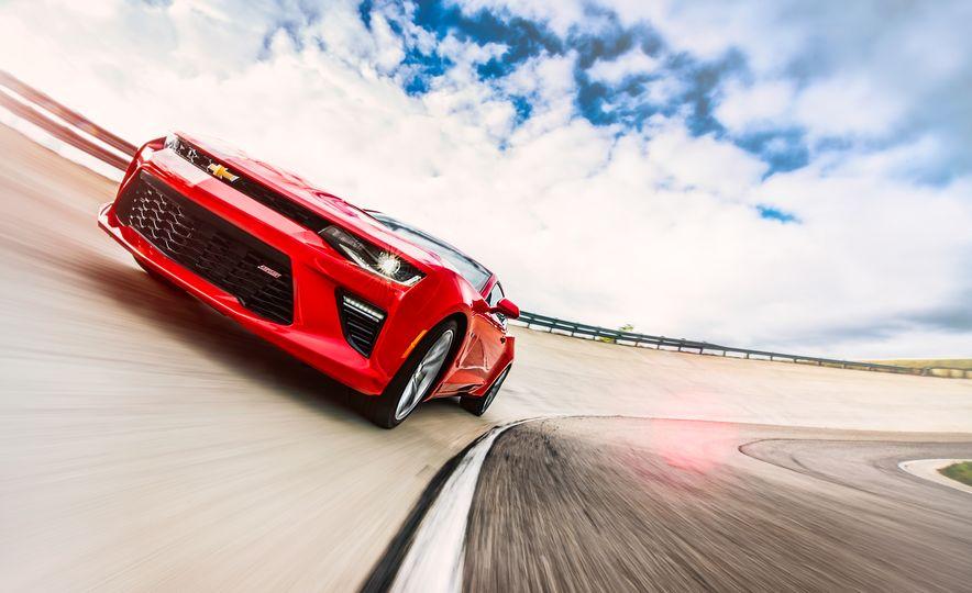 2016 Chevrolet Camaro SS - Slide 3