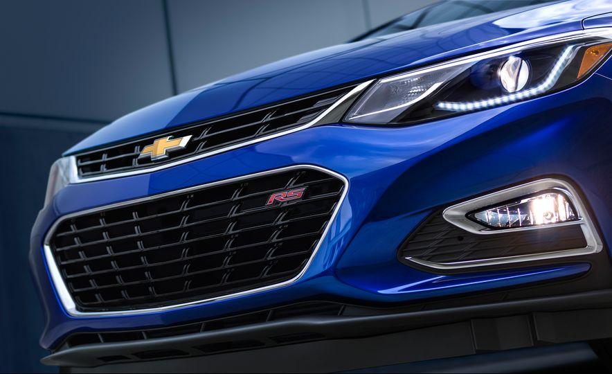 2016 Chevrolet Cruze - Slide 4