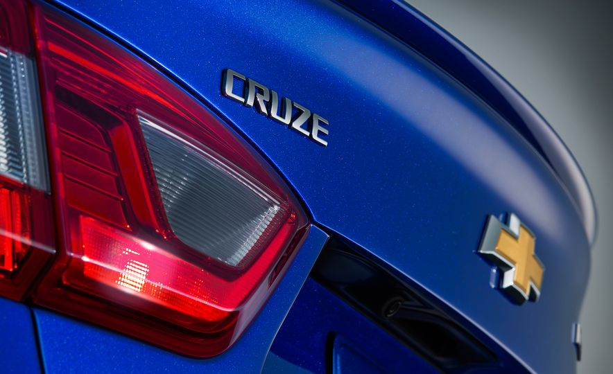 2016 Chevrolet Cruze - Slide 6