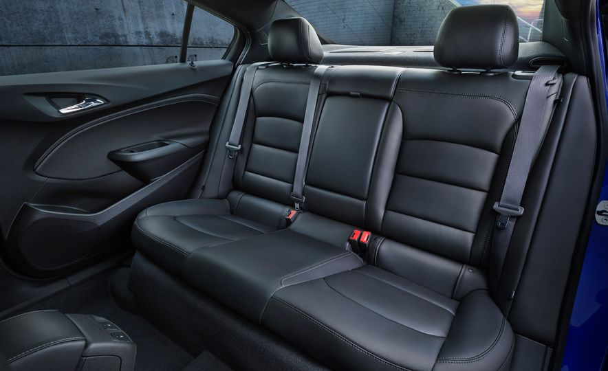 2016 Chevrolet Cruze - Slide 8
