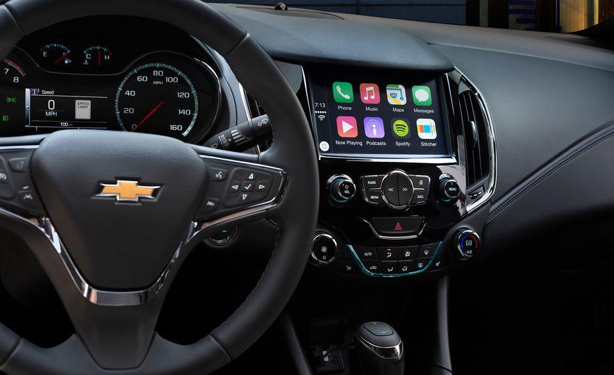 2016 Chevrolet Cruze - Slide 9