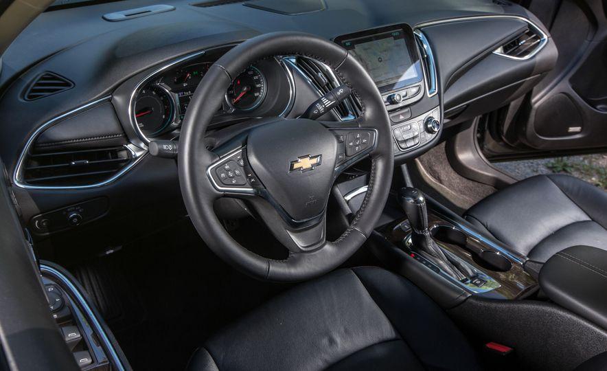 2016 Chevrolet Malibu hybrid - Slide 13