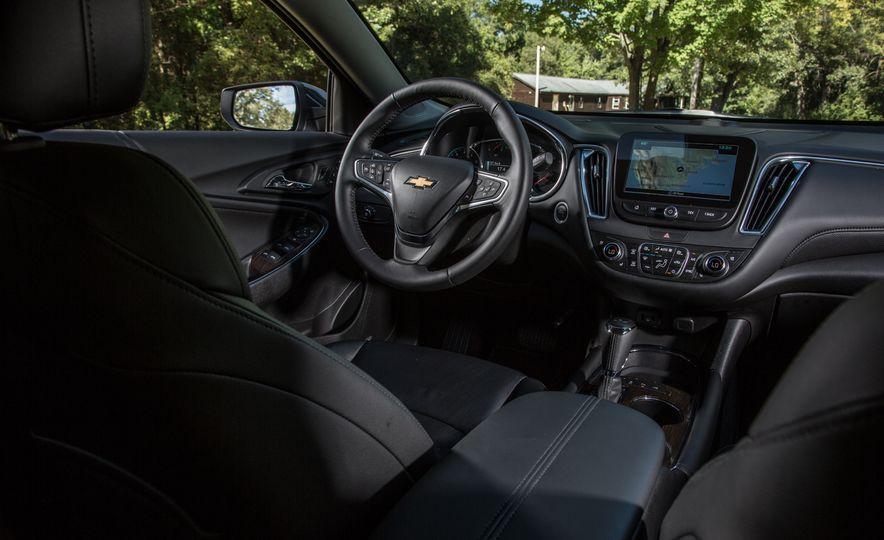 2016 Chevrolet Malibu hybrid - Slide 11