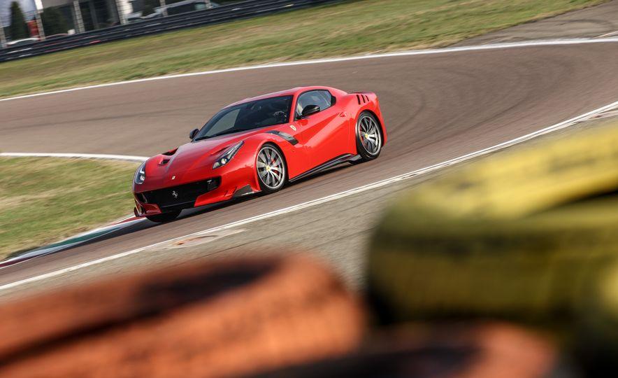 2016 Ferrari F12tdf - Slide 24