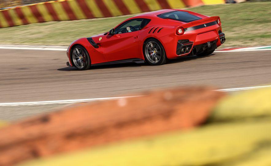 2016 Ferrari F12tdf - Slide 26
