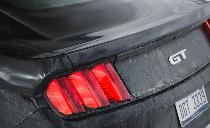 2016 Ford Mustang GT - Slide 82