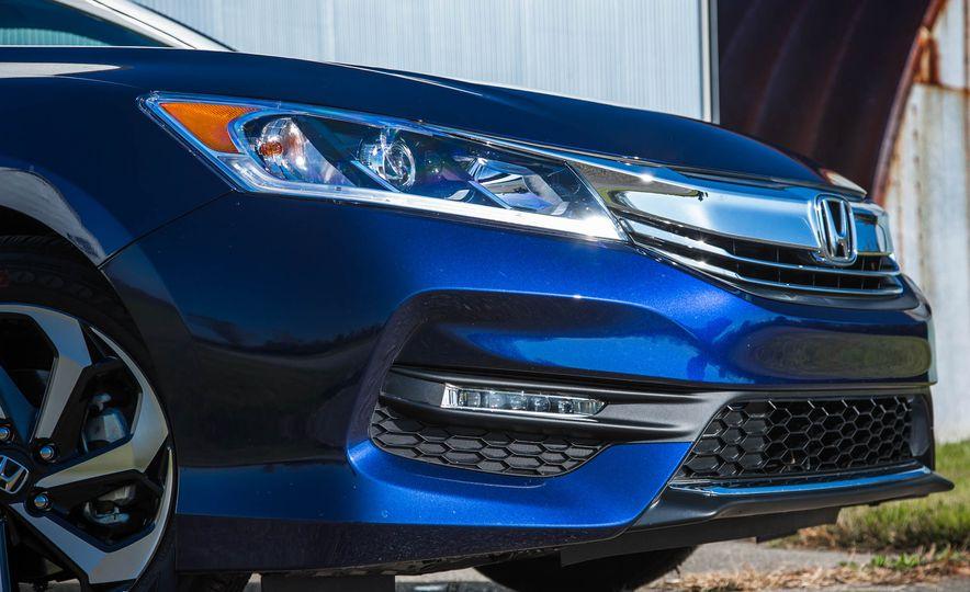 2016 Honda Accord EX - Slide 14