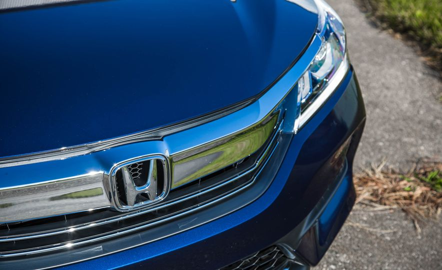 2016 Honda Accord EX - Slide 15