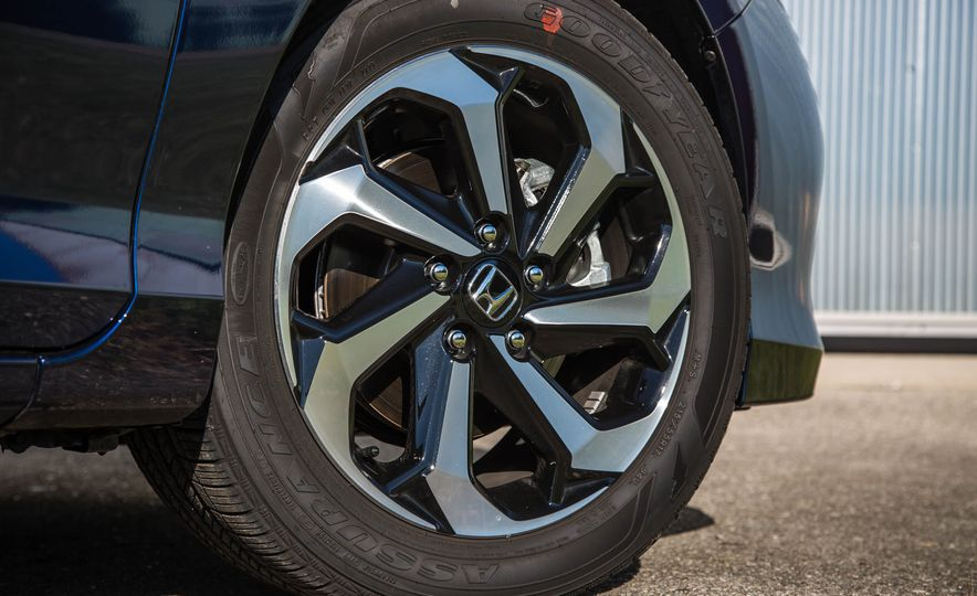 2016 Honda Accord EX - Slide 18