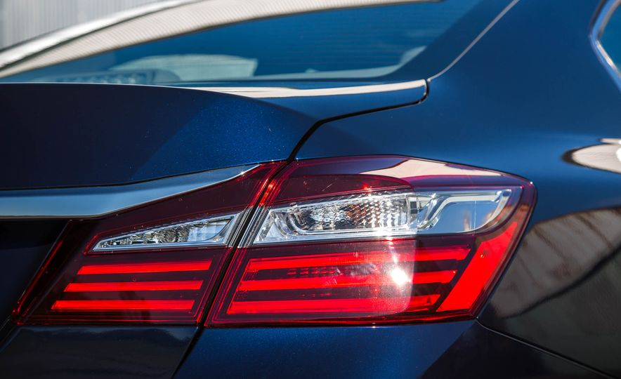 2016 Honda Accord EX - Slide 21
