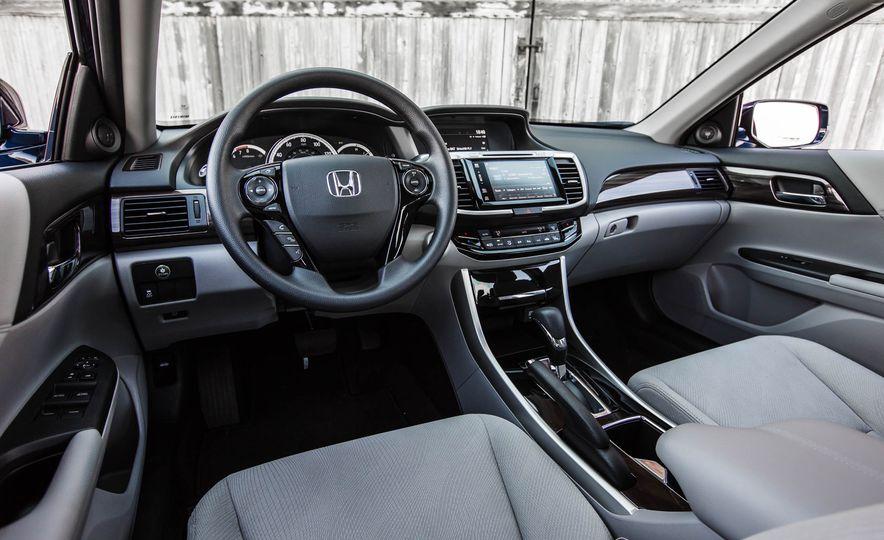 2016 Honda Accord EX - Slide 23