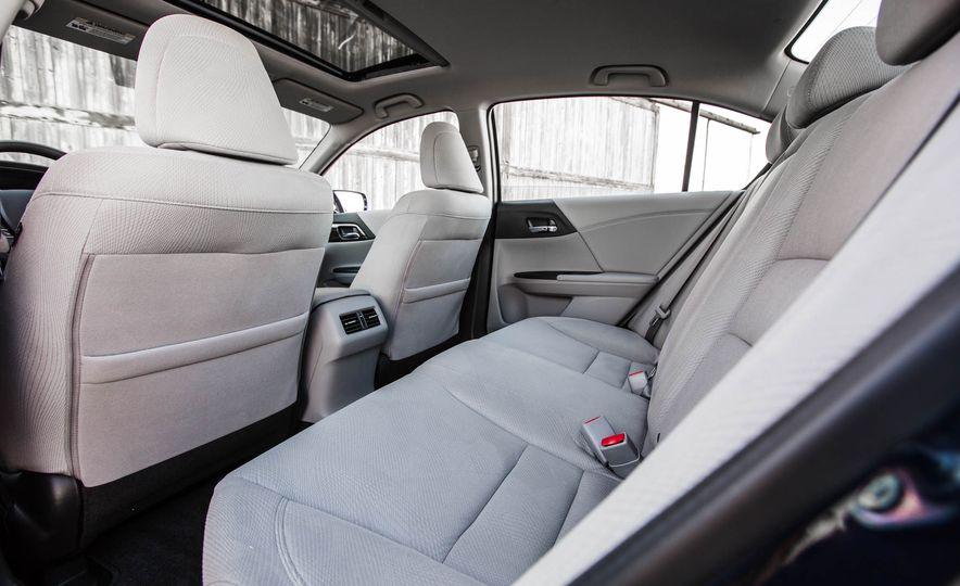 2016 Honda Accord EX - Slide 29