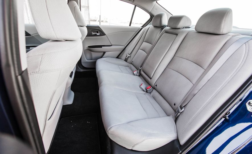 2016 Honda Accord EX - Slide 31