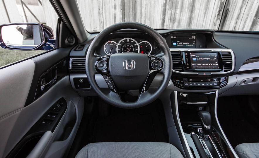 2016 Honda Accord EX - Slide 32