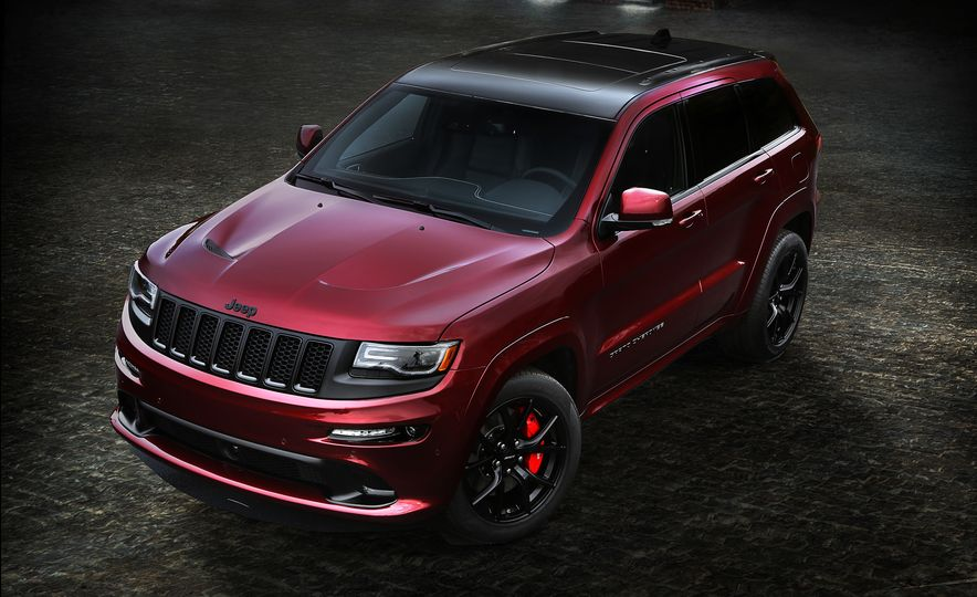 2017 Jeep Grand Cherokee Trackhawk - Slide 4