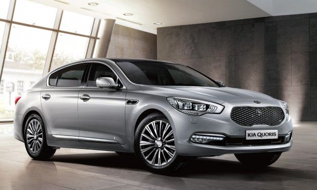 2016 Kia K900: Now with V-6 and a Lower Starting Price