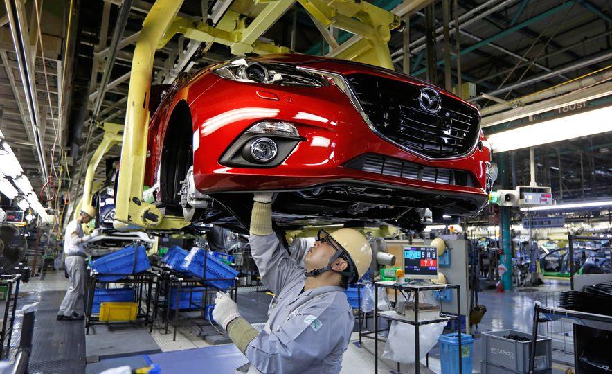 2016 Mazda 3 - Slide 1