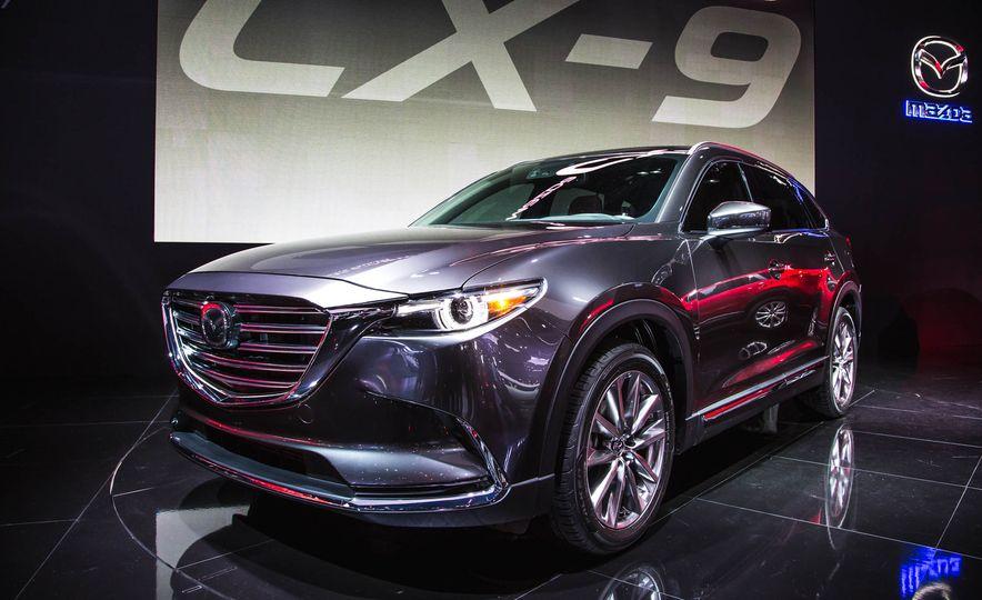 2016 Mazda CX-9 - Slide 1