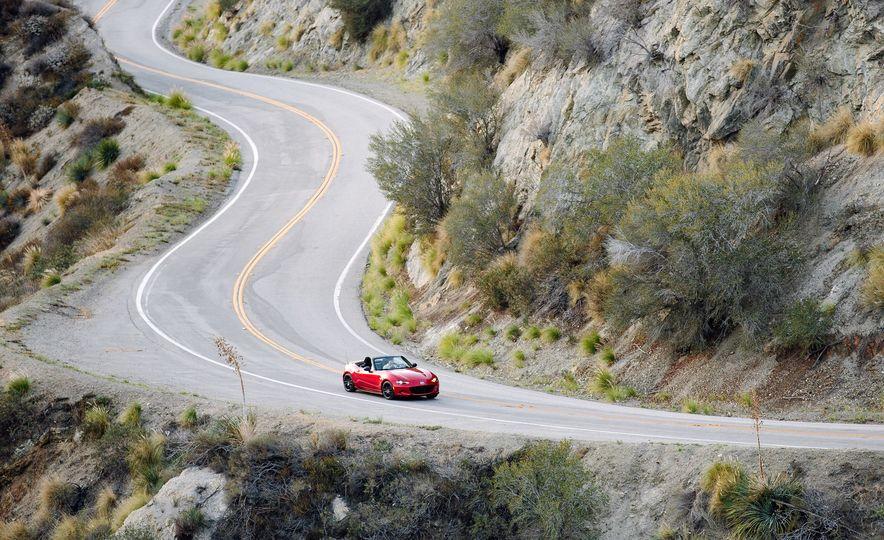 2016 Mazda MX-5 Miata - Slide 2