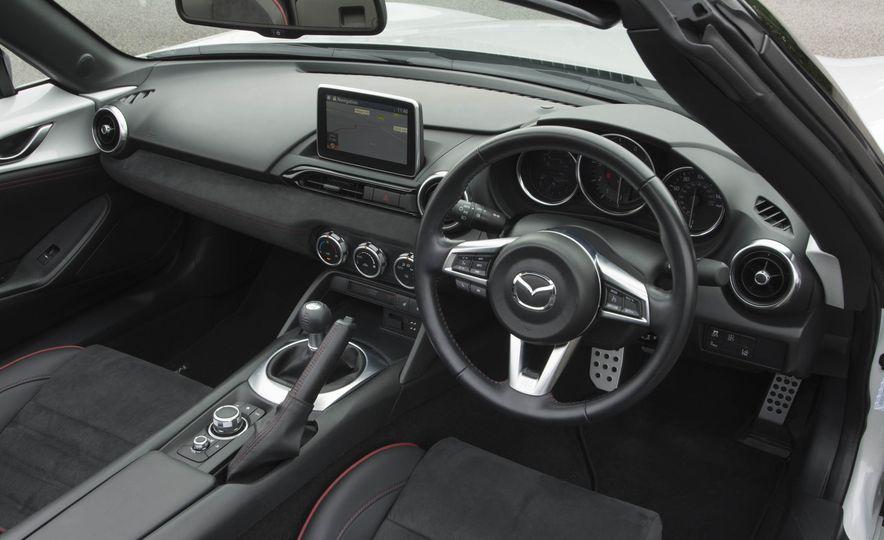 2016 Mazda MX-5 Miata Sport Recaro Limited Edition - Slide 14
