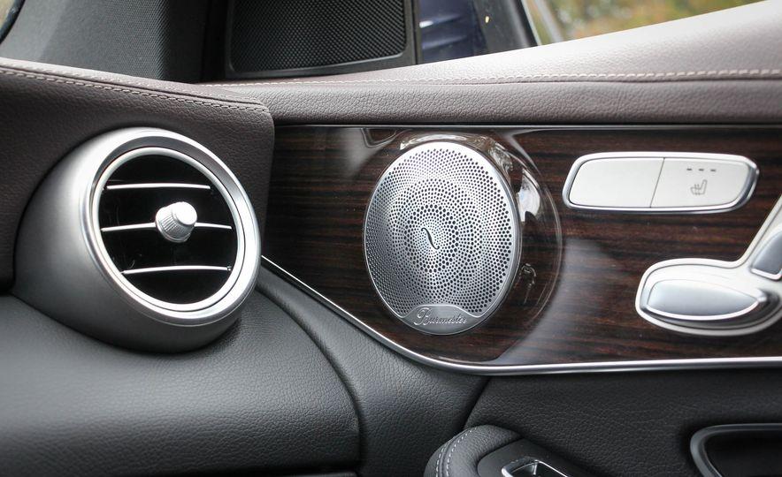 2016 Mercedes-Benz GLC300s - Slide 27