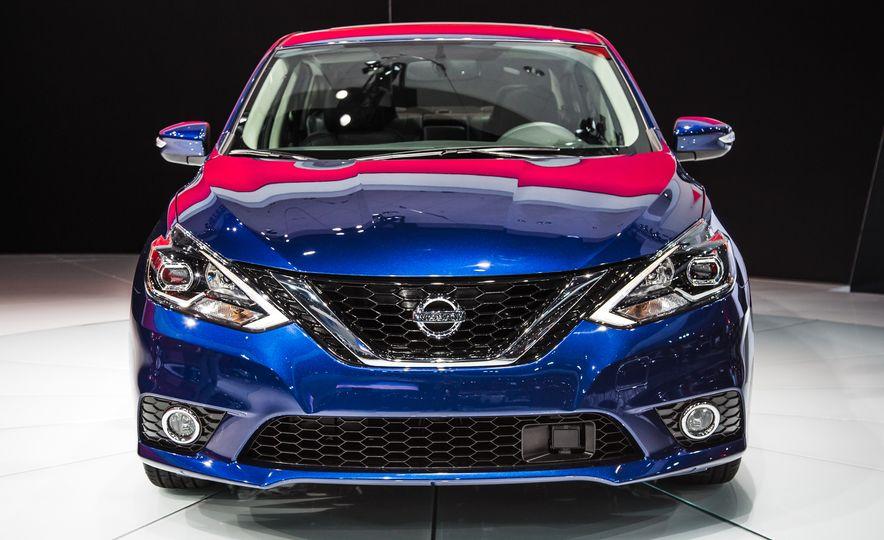 2016 Nissan Sentra - Slide 2