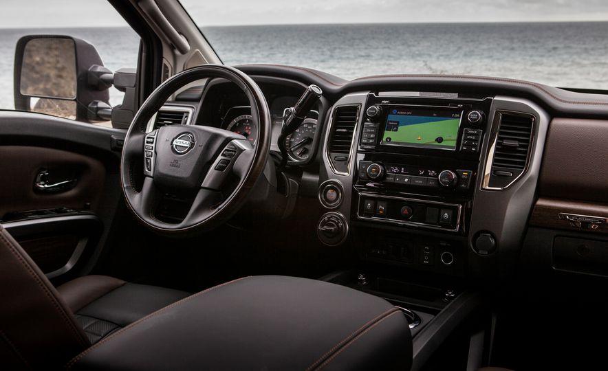 2016 Nissan Titan XD - Slide 19