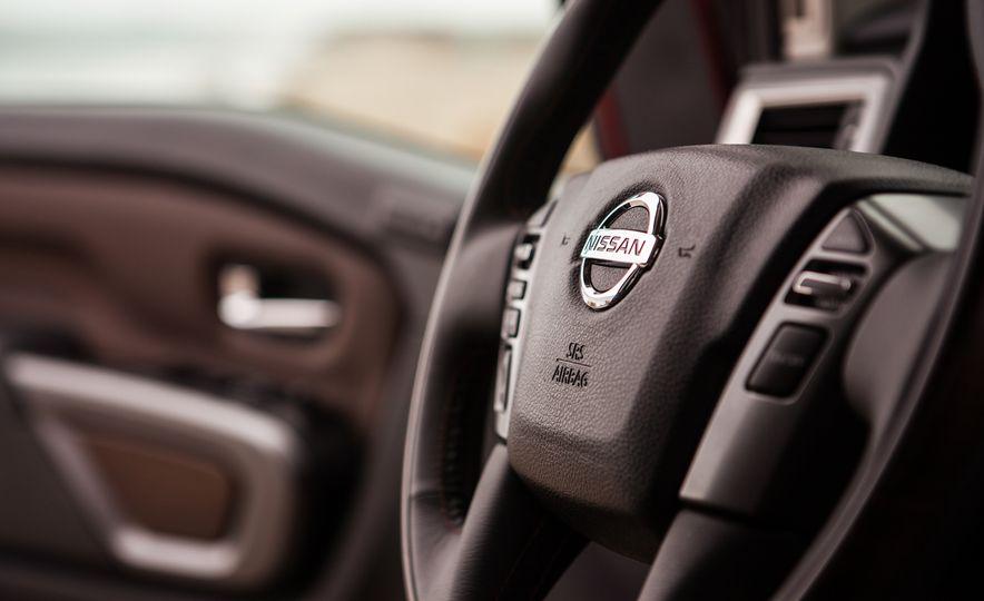2016 Nissan Titan XD - Slide 21