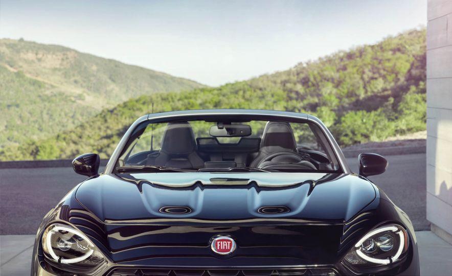 2017 Fiat 124 Spider Prima Edizione Lusso - Slide 16