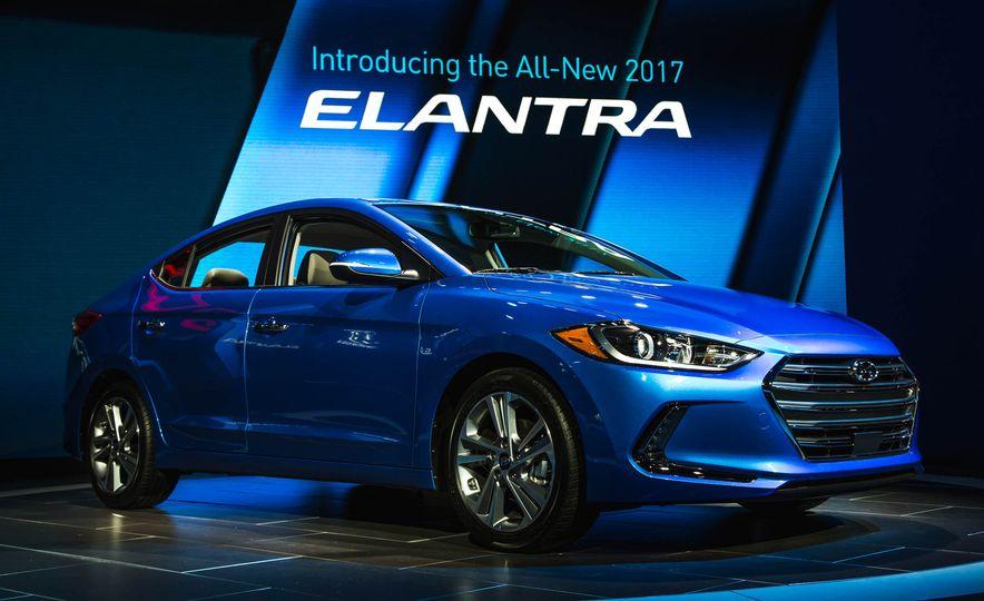 2017 Hyundai Elantra - Slide 1