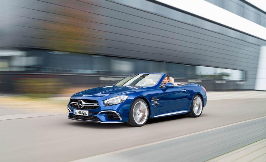 2017 Mercedes-Benz SL 550 - Slide 35