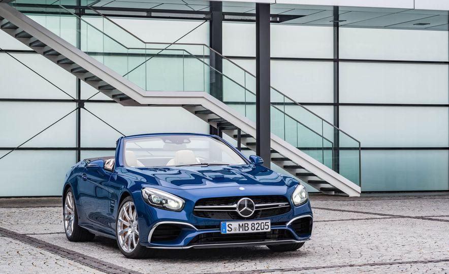 2017 Mercedes-Benz SL 550 - Slide 40