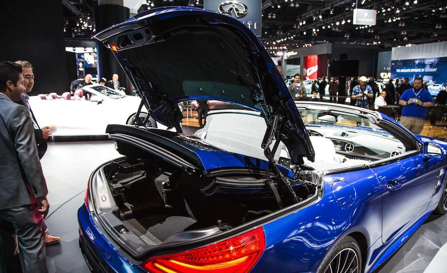 2017 Mercedes-Benz SL 550 - Slide 6