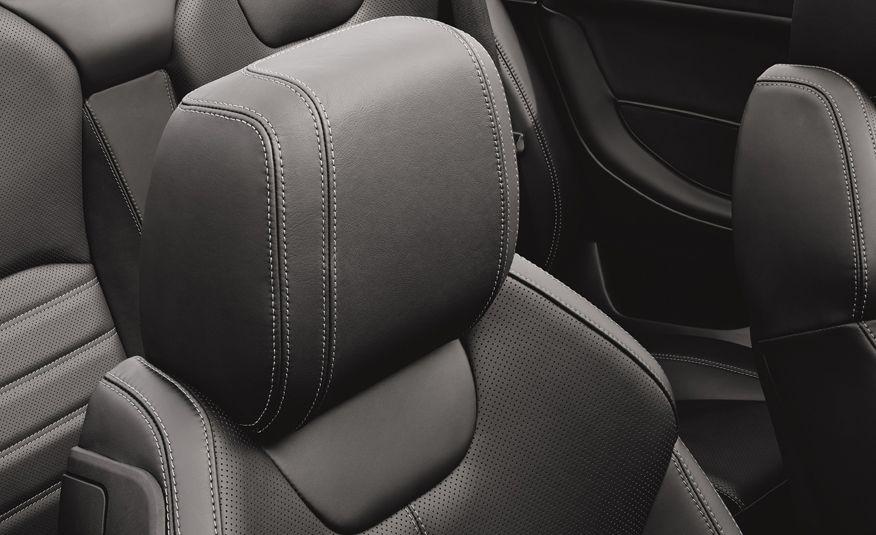 2017 Range Rover Evoque convertible - Slide 42