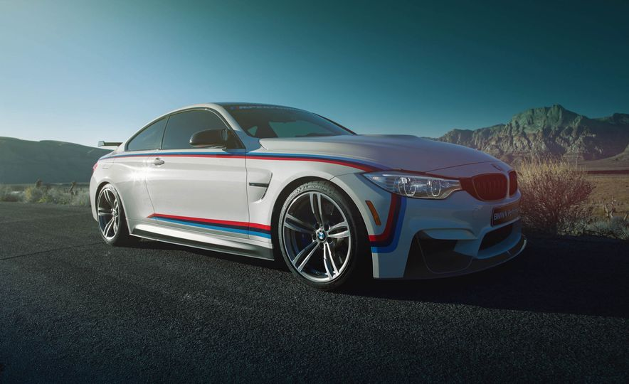 BMW M4 coupe with M performance parts - Slide 4