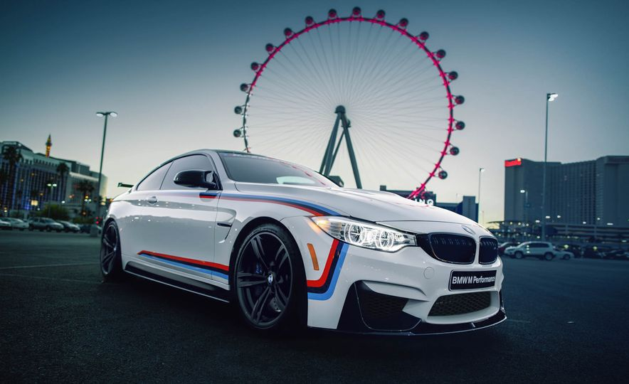 BMW M4 coupe with M performance parts - Slide 7