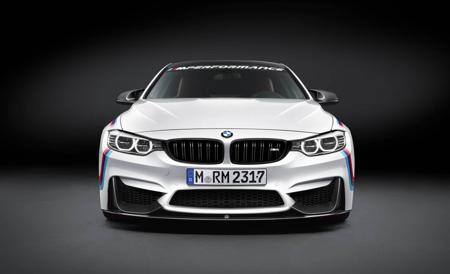 BMW M4 coupe with M performance parts - Slide 12