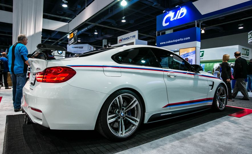 BMW M4 coupe with M performance parts - Slide 2