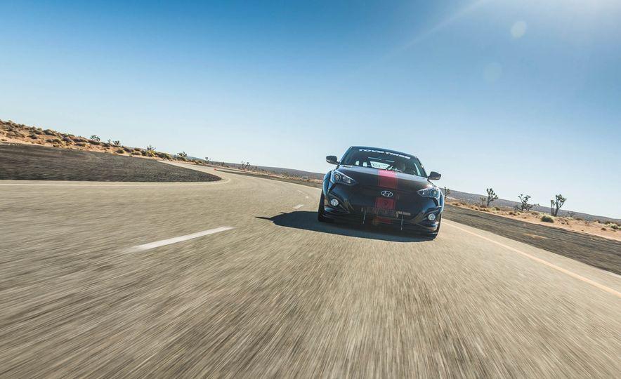 Hyundai Veloster Turbo Blood Type Racing concept - Slide 3