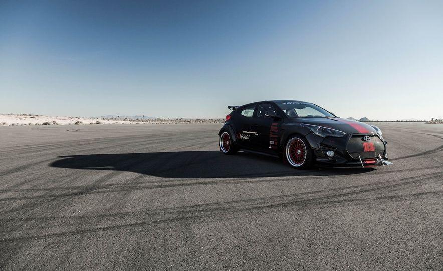 Hyundai Veloster Turbo Blood Type Racing concept - Slide 6