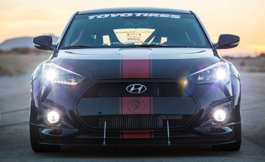 Hyundai Veloster Turbo Blood Type Racing concept - Slide 10